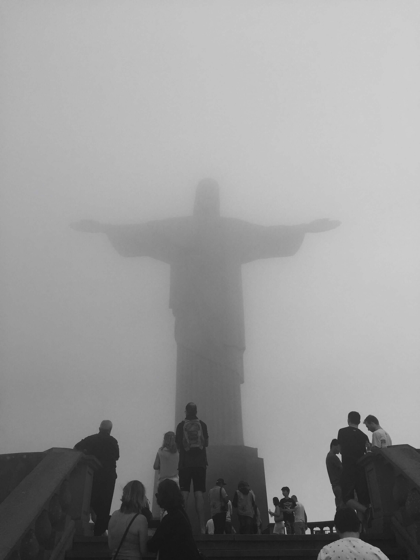Cristo Redentor through the fog